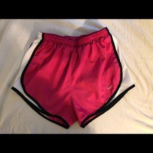 NIKE Shorts - Pink - Size Small
